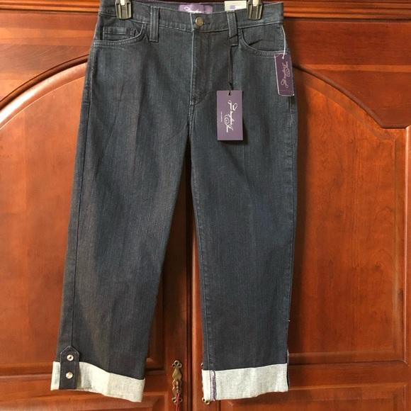 NYDJ Denim - NWT NYDJ Cropped Jeans. Size 6.